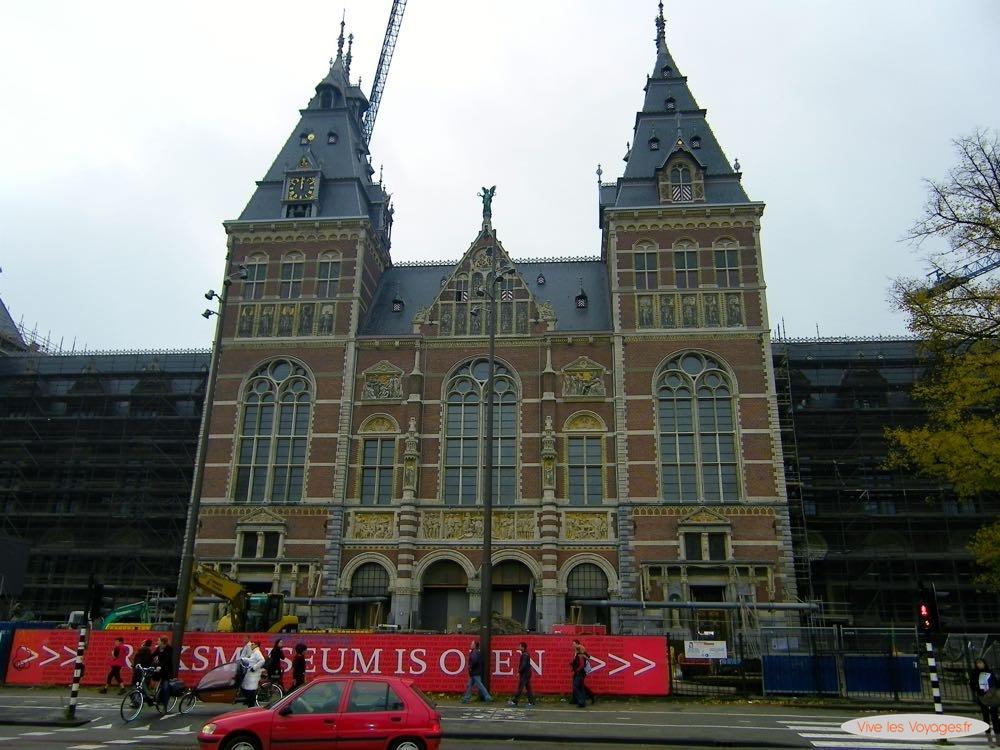 Amsterdam - 18