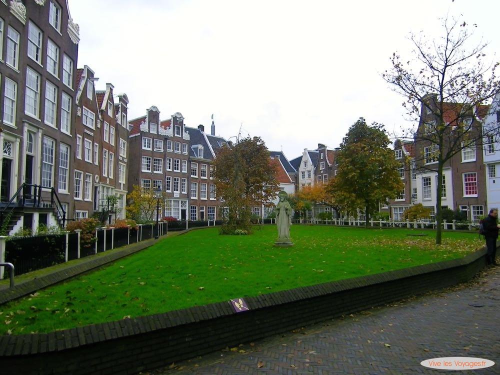 Amsterdam - 24